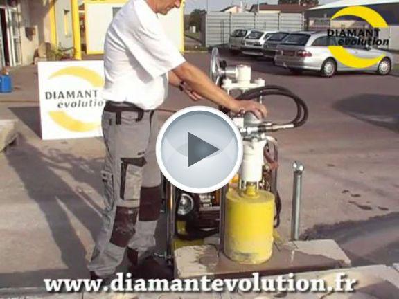 Carotteuse hydraulique sur chariot mobile